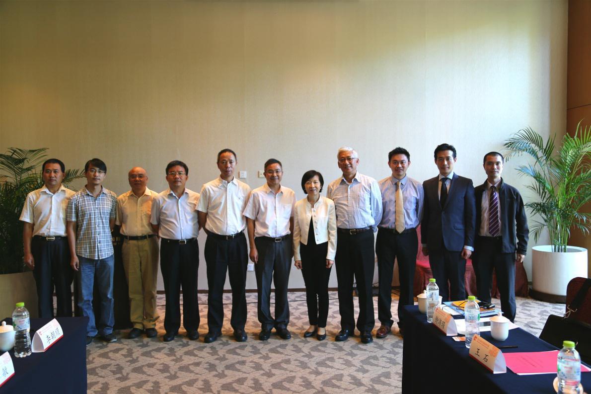 应科院与北京协同创新研究院洽谈合作机会