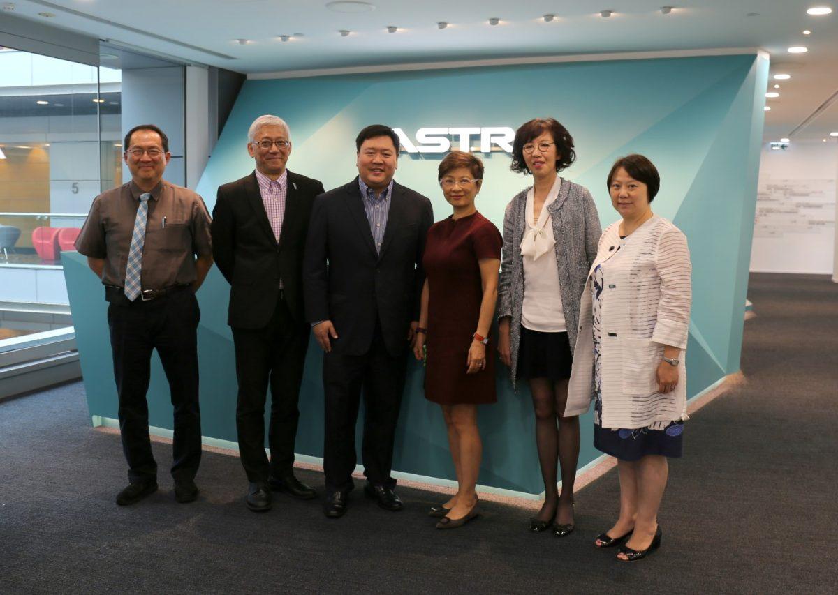 新任董事局成員蕭潔雲女士及黃平達先生到訪應科院